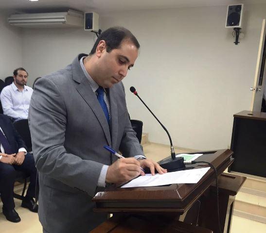 Justiça mantém Michel JK como conselheiro de contas