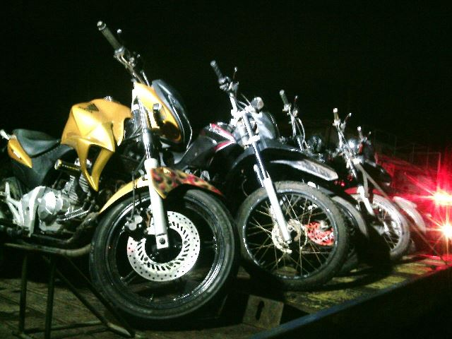 Motos furtadas de revendedora estavam em casa abandonada