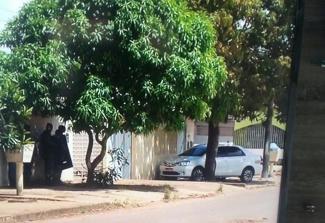 Bandidos mantém reféns no Zerão