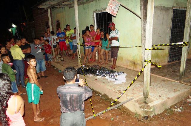 Marido é assassinado na frente da esposa e filhos