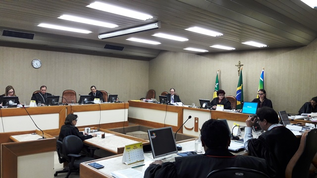 Justiça rejeita ação criminal de senador contra deputado