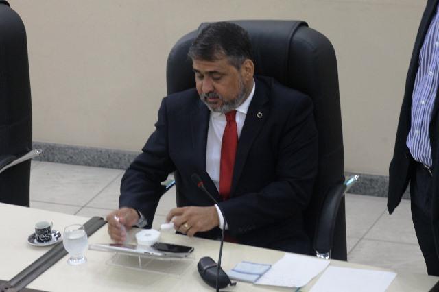 Juíza anula processo contra Moisés Souza