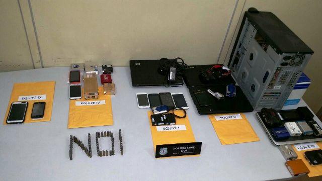 Operação policial combate mercado ilegal de celulares