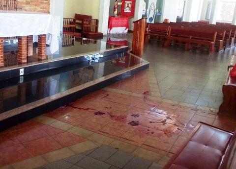Policial civil é atingido por tiro dentro de santuário