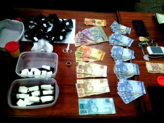 Homem é preso com grande quantidade de drogas