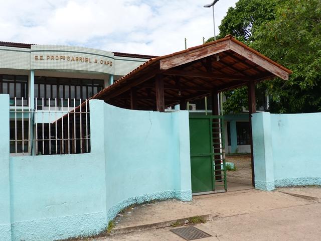 Com greve, escolas estaduais ficam sem vigilantes