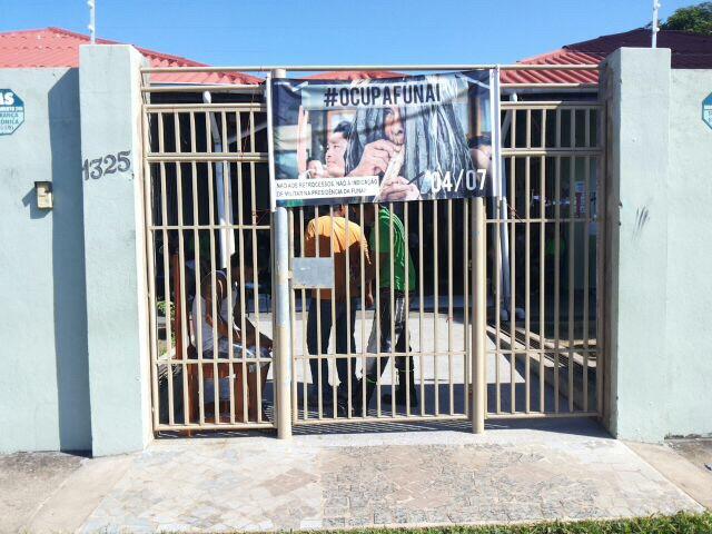 Índios ocupam sede da Funai no Amapá