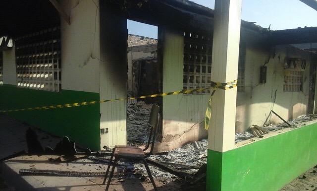 Dois incêndios deixam um morto e escola destruída em Ferreira Gomes