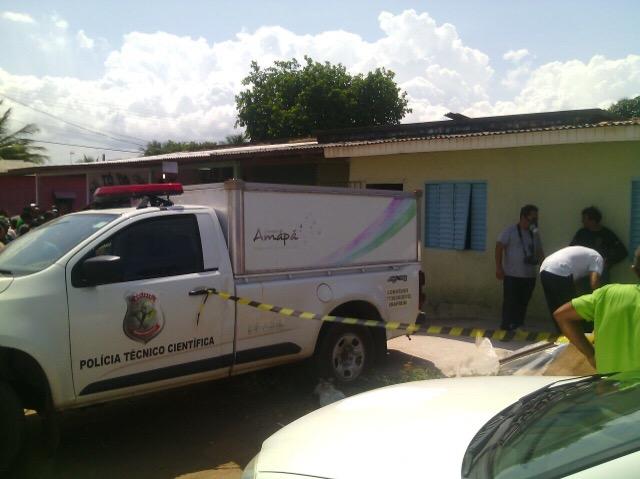 Professora é encontrada morta dentro de casa; marido seria suspeito