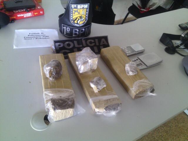 Polícia apreende mais de 3 quilos de droga durante operação na Zona Sul