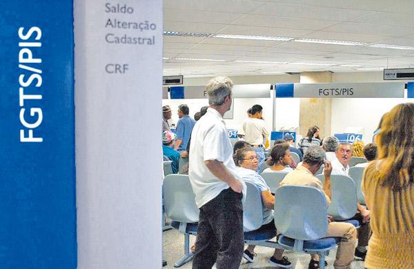 Mais de 3 mil amapaenses ainda não sacaram abono salarial de 2014