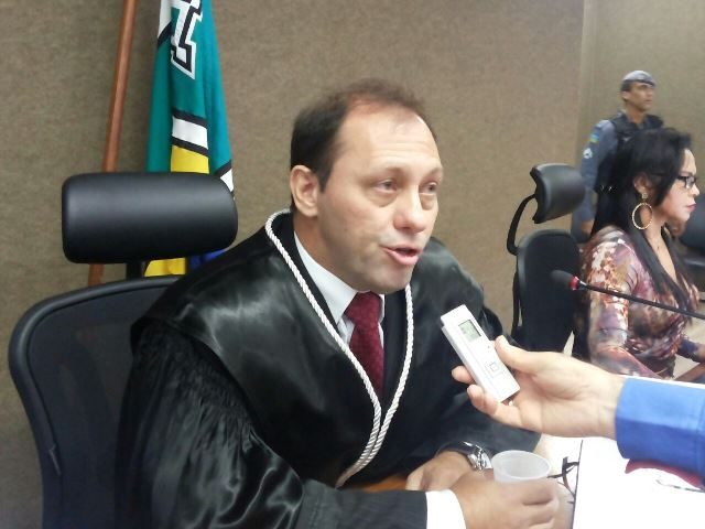 CNJ manda apurar conduta de desembargador do AP