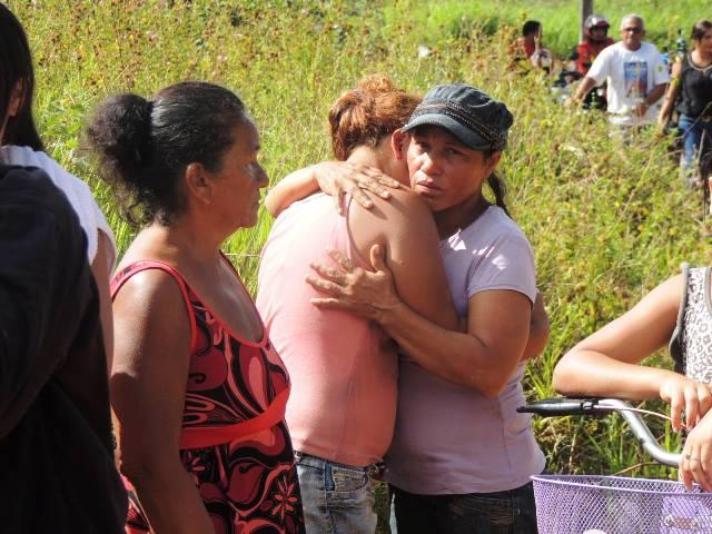 Invasores que tiveram casas demolidas cobram novas moradias
