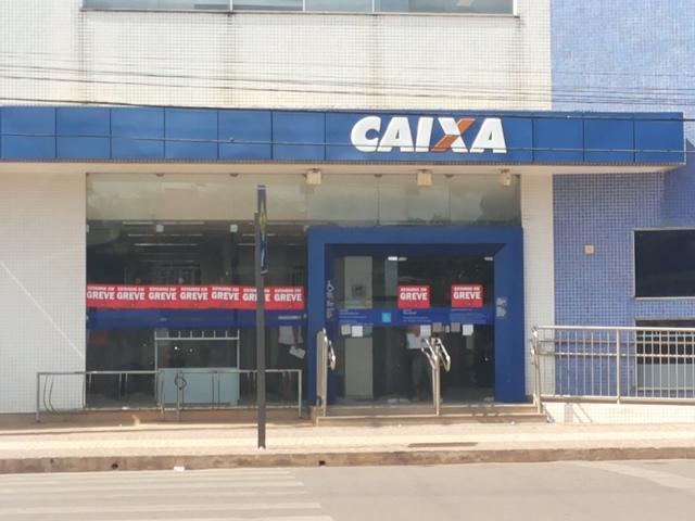 Bancários iniciam segunda semana de greve