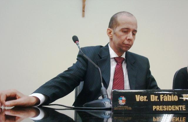 Sessão histórica marca adeus a Dr. Fábio