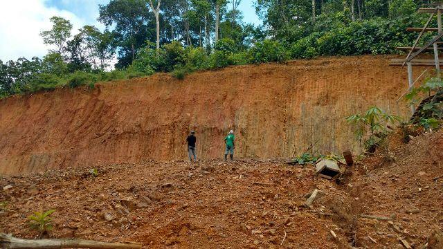 Operação detecta risco de desmoronamento em áreas de mineração