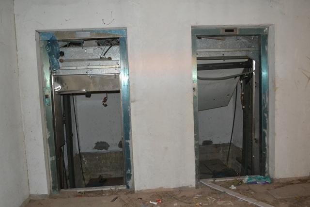 No Metropolitano, até o elevador sumiu