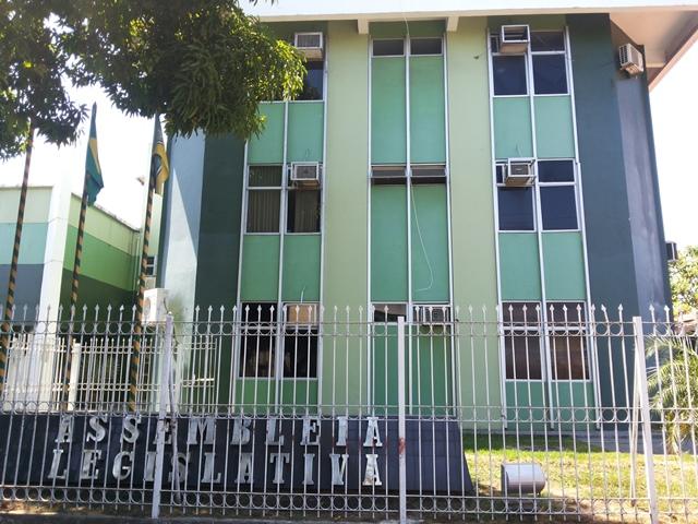Deputada é condenada a ressarcir R$ 187 mil aos cofres públicos