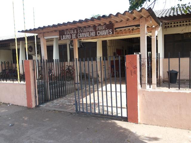 Rifa obrigatória causa polêmica em escola