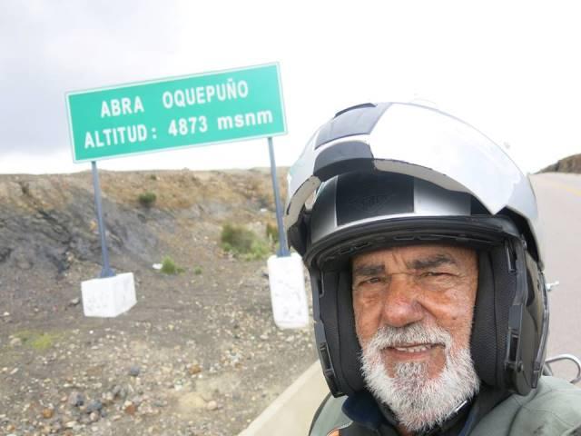 Depois de viajar por toda a América, motociclista de 80 anos volta ao AP