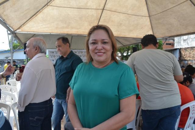 Justiça Eleitoral determina que Gilvam retire imagem de Dalva de propaganda