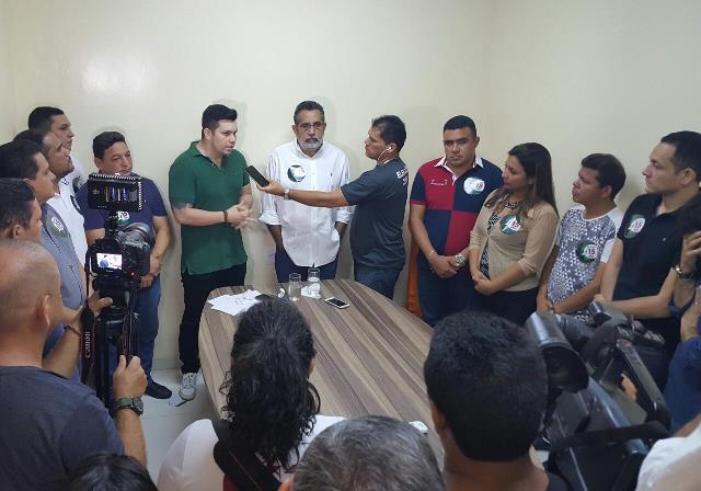 Gilvam recebe adesão de vereadores, deputados estaduais e federais