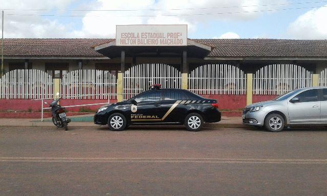 Parentes de diretora receberam dinheiro da merenda escolar, diz PF