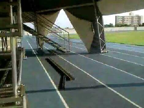 Estrutura é montada em cima da pista de atletismo do Zerão