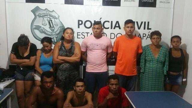 Onze acusados de tráfico em escola são presos