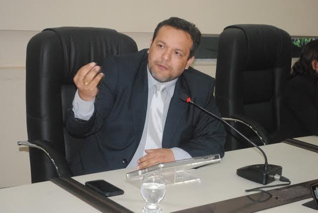 Combate à intolerância religiosa é tema de PL