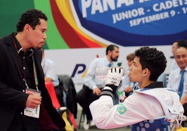 Amapaense treina para mundial de taekwondo no Canadá