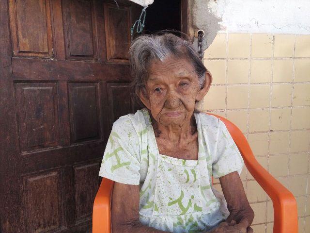 Idosa de 97 anos ainda vive drama do segundo incêndio