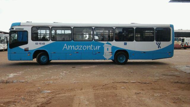 Ônibus são usados em campanha de prevenção do câncer