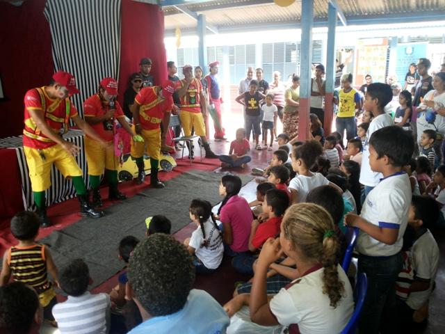 Estudantes de direito levam ação social ao Distrito do Coração
