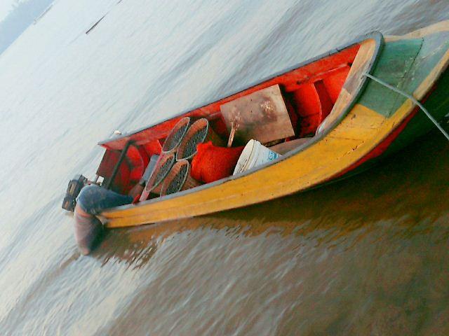 Corpo dentro de barco é encontrado em área da Zamin
