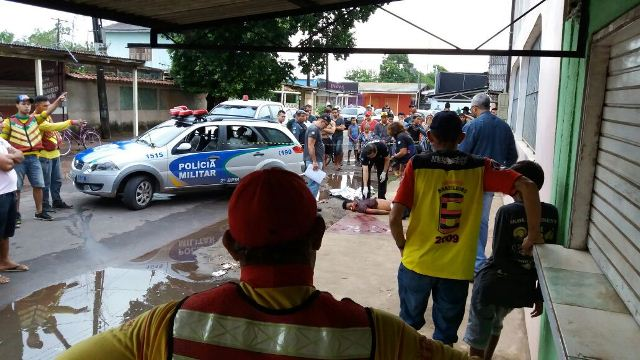 Rapaz é morto a facadas por encostar em retrovisor de táxi