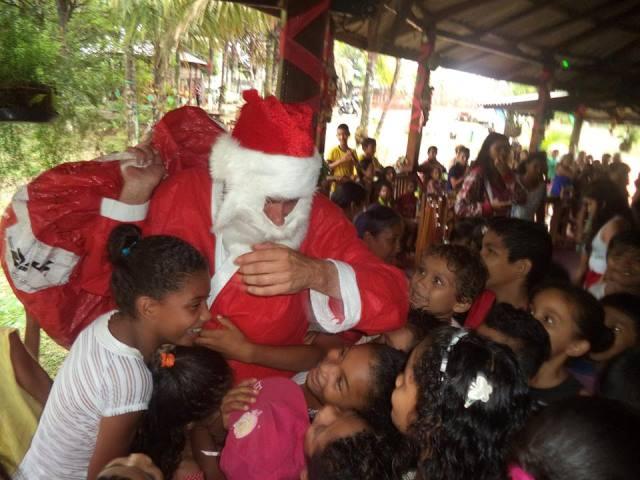 Empresários levam o Papai Noel a Oiapoque