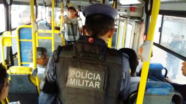 PM intensifica operação em ônibus