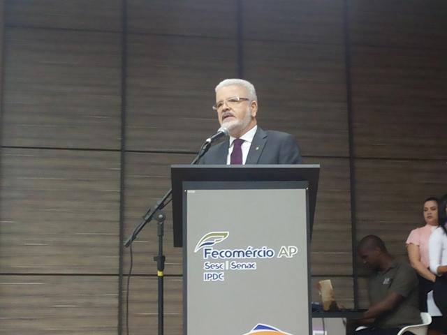 Novo secretário de Educação de Macapá anuncia escola de tempo integral