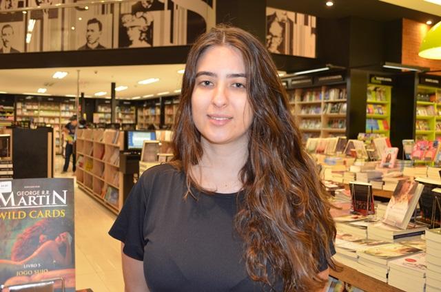 Livros sobre literatura e autoajuda lideram procura
