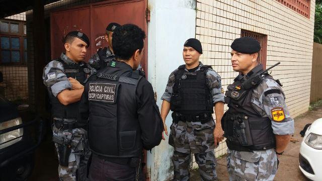 """Seis são presos em operação na """"Ponte da Preta"""""""