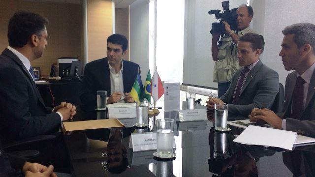 Ministro diz que vai liberar ajuda para o Bailique
