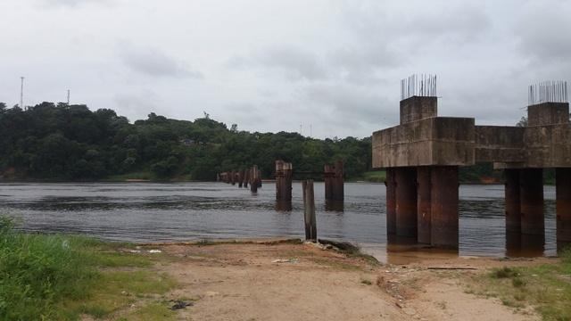 Justiça determina retomada da obra da ponte sobre o rio Jari