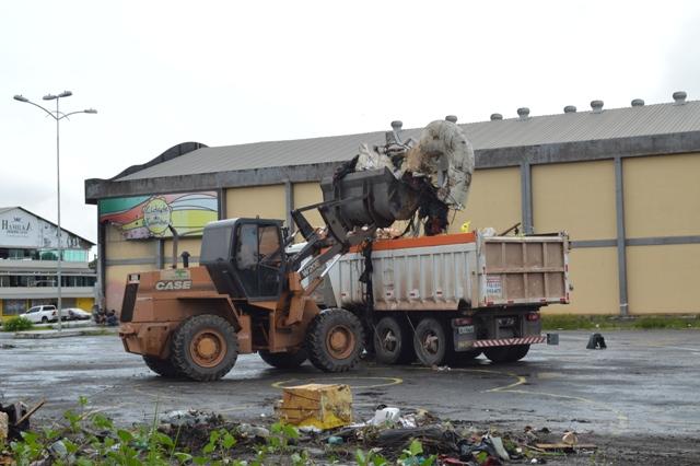 Liesap diz que lixo é responsabilidade da prefeitura