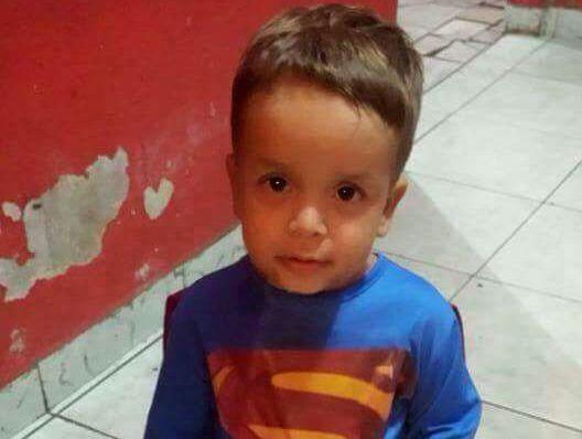 Criança com suspeita de leucemia precisa de doações