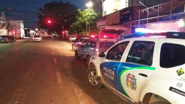 PM prende 3 por tráfico e um foragido em Itaubal