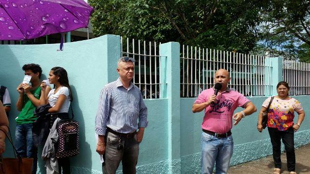 CCA: manifestação pede permanência de diretor