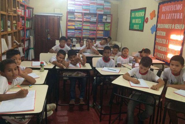 Semed oferta curso de idiomas para crianças e adolescentes