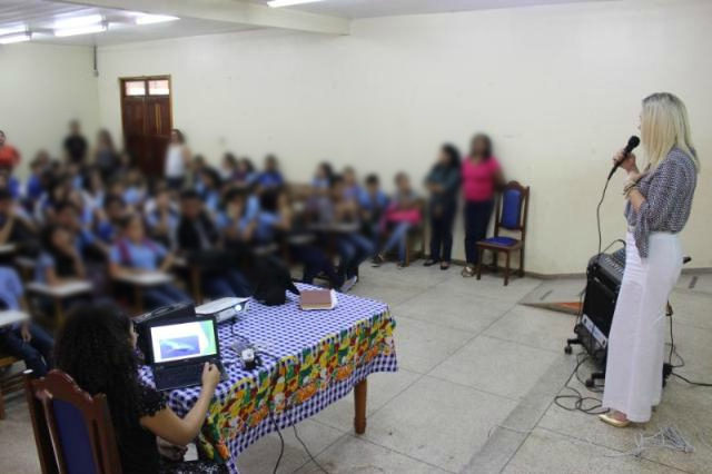 "MP identifica adolescentes de Macapá no desafio da ""Baleia Azul"""