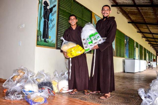 Alimentos apreendidos são doados para instituições filantrópicas